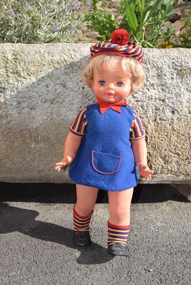 poupée Clodrey mimi cassette blonde