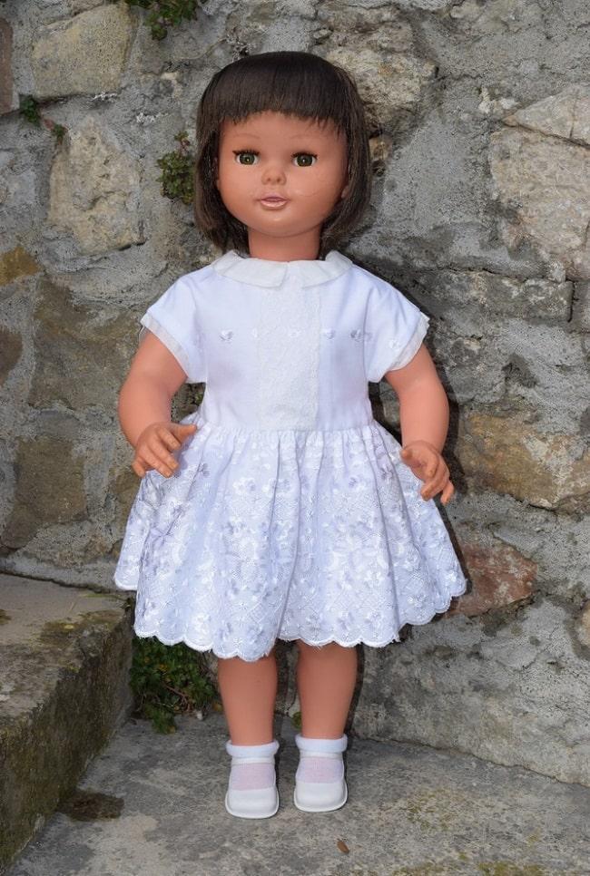 poupée Margareth Raynal brune