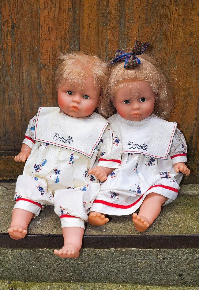 petit frère et petite soeur poupons Corolle