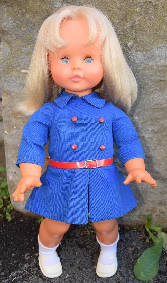 poupée Clodrey Daisy blonde