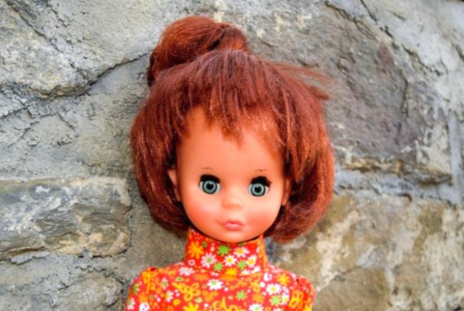 poupée Clodrey Crissy Ideal cheveux qui s'allongent
