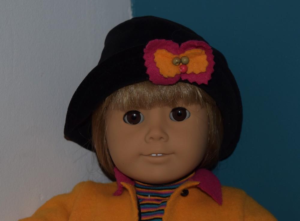 De grands yeux bruns dans un visage clair - Photo : collection articulière