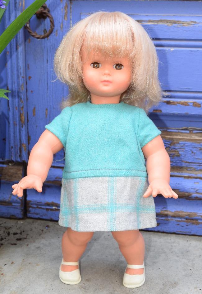 victoire poupée Clodrey jolydol