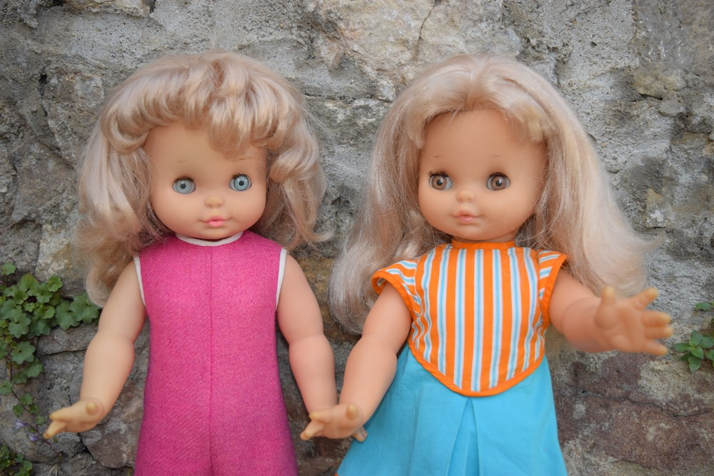 Deux soeurs Clodrey des années 1970