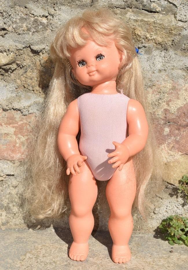 poupée Bella corps souple articulé Sybille