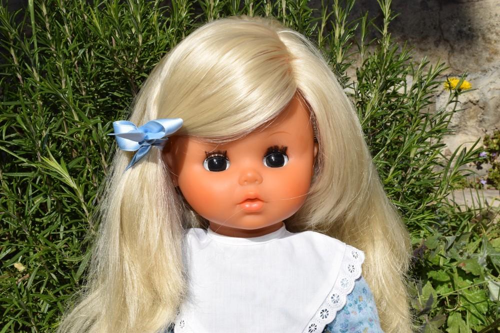 poupée Bella Angélique 45