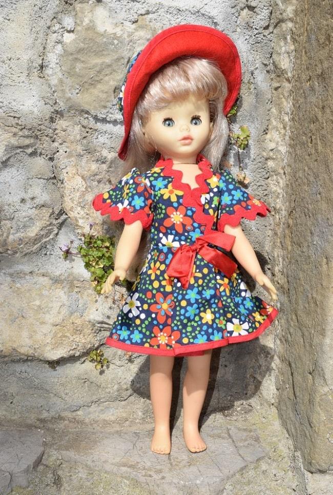 Vicky - poupée Clodrey