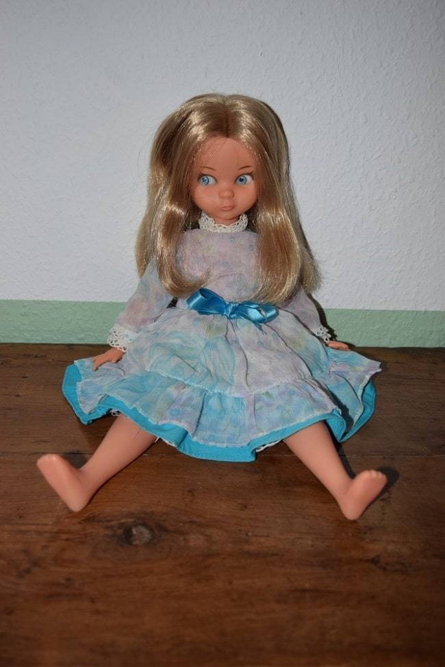 Doline blonde - poupée Bella