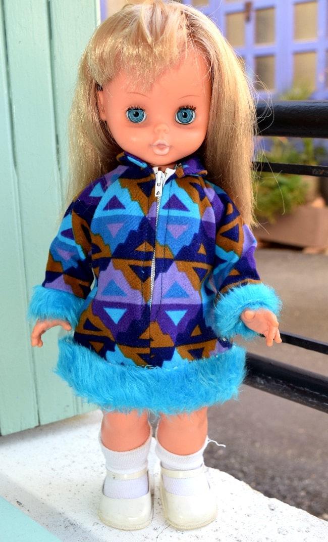 Laury poupée Bella électrique