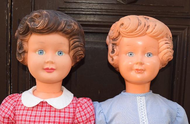 Grandes poupées sans marque années 60