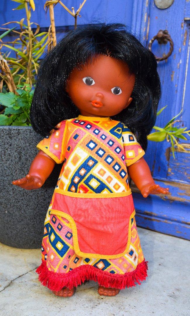 Nuage Rose, poupée Clodrey ethnique