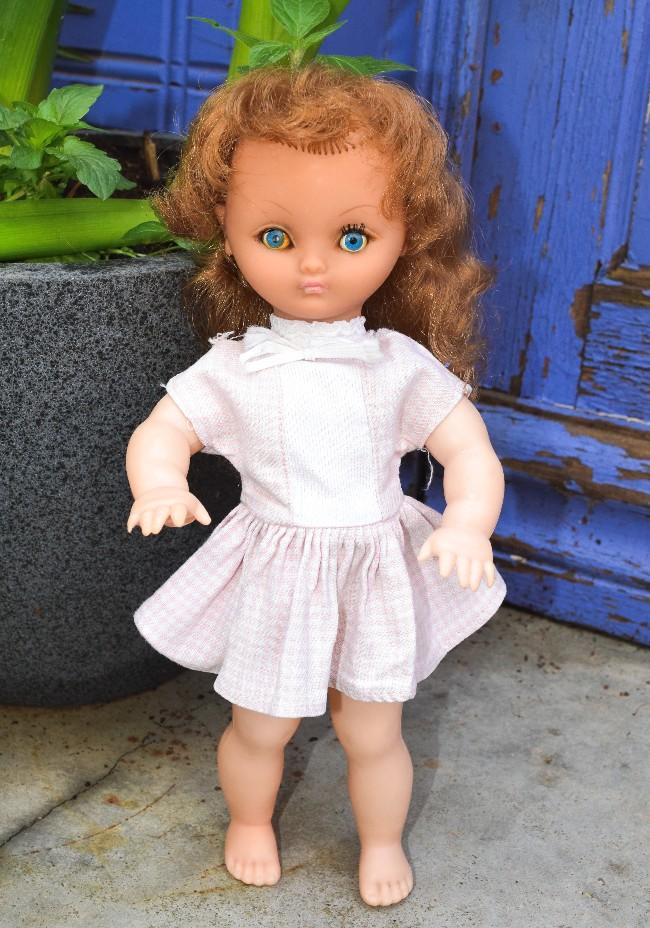 poupée Bella B110