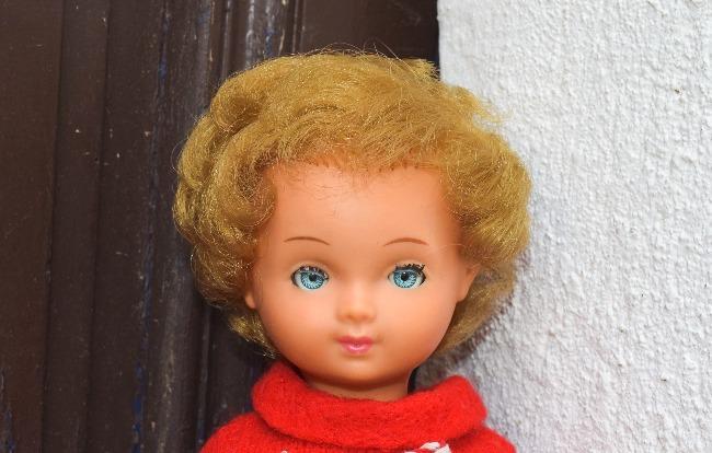 poupée Bella D130