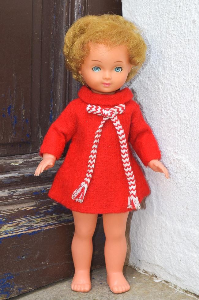 poupée D130 Bella
