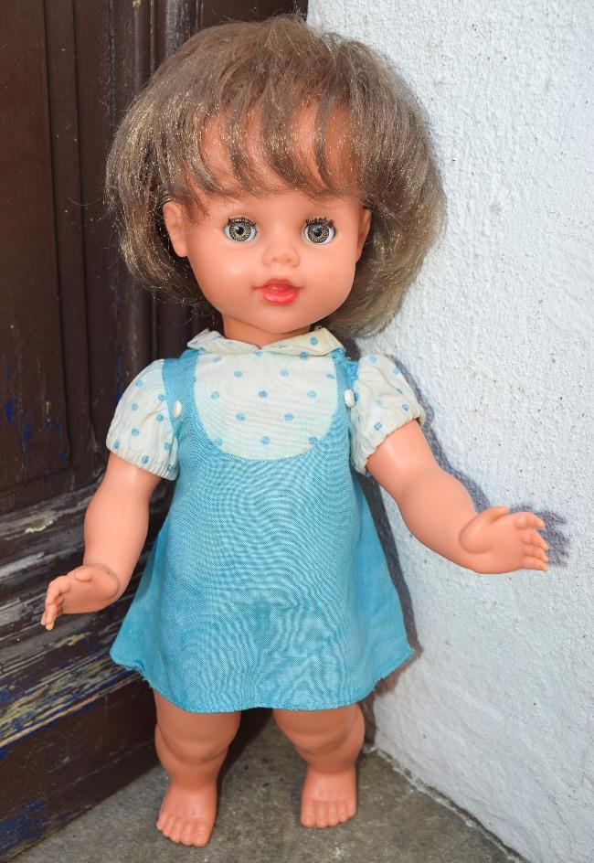 poupée Bella Nicolette série spéciale Le bon marché