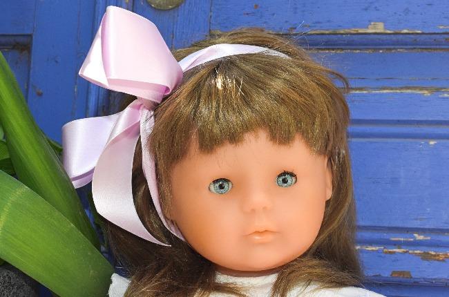 poupée Corolle Mirabelle perruque